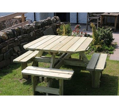 Chatsworth Square Picnic Table