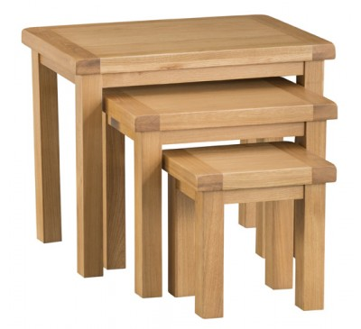 Hawkshead CountryOak Nest of 3 Tables