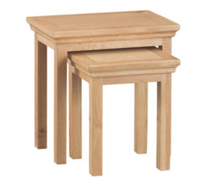 Calbeck Light Oak Nest od 2 tables 50x32x50cm