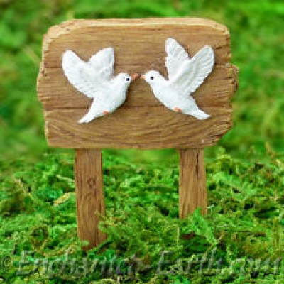 Kissing Doves Sign