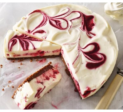 White Chocolate & Raspberry Cheesecake(Serves 6)