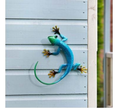 Hanging on Gecko Azure